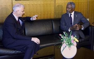 Bob Fowler and Kofi Annan